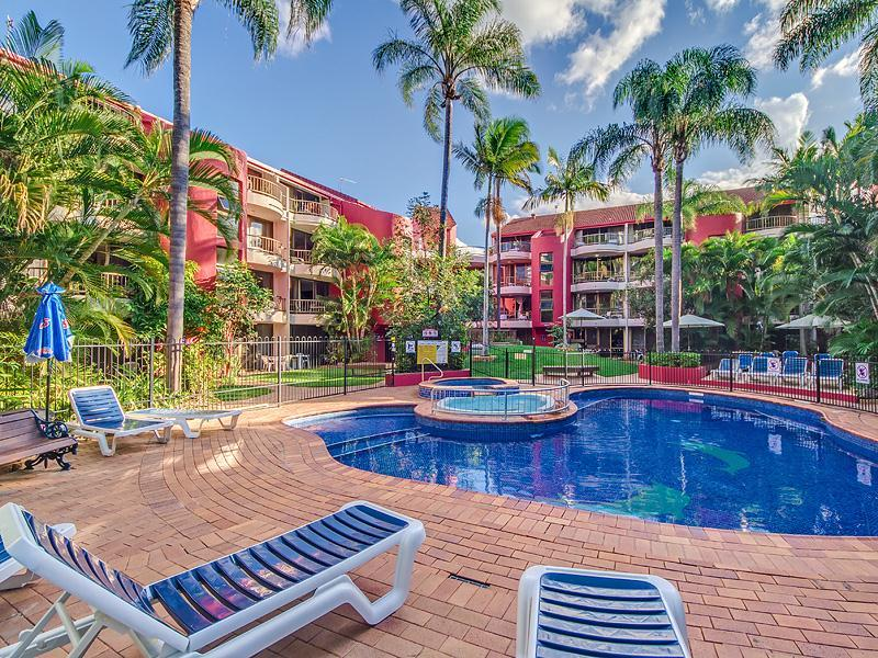 31/38 Enderley Avenue, Surfers Paradise, Qld 4217