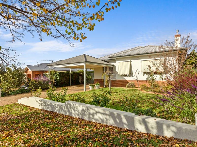 5 Croaker Street, Turvey Park, NSW 2650