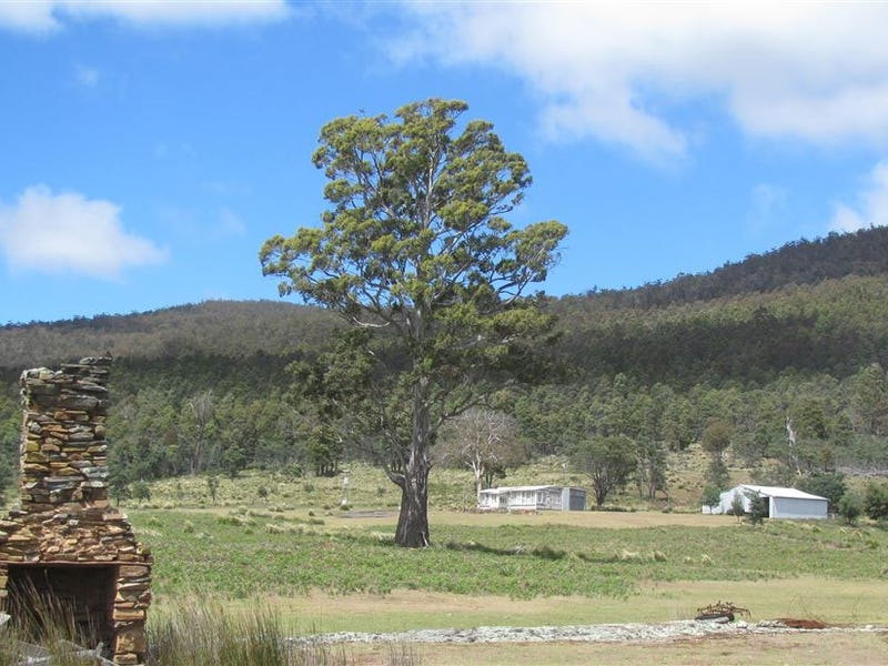 - Little Den Road, Millers Bluff, Tas 7030