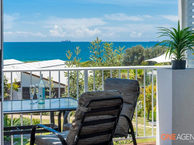 Villa 16 Beachside Drive, Caves Beach, NSW 2281
