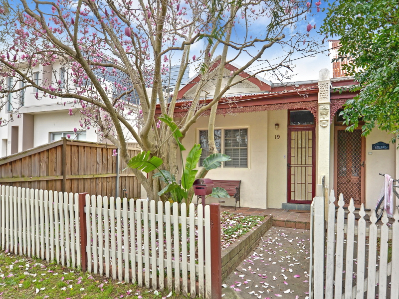 19 Gale Street, Concord