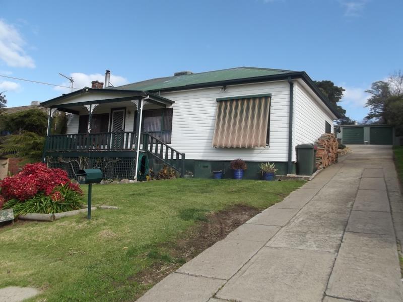 177 Simpson Street, Tumut, NSW 2720