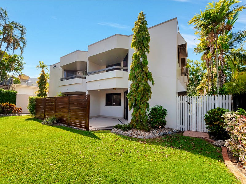 2/12 Clifton Road, Clifton Beach, Qld 4879