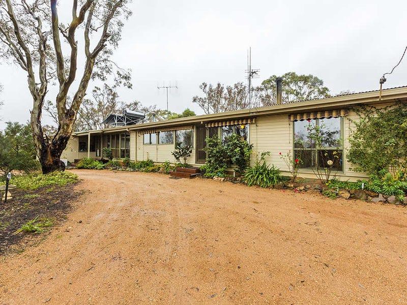857 Macs Reef Road, Bywong, NSW 2621