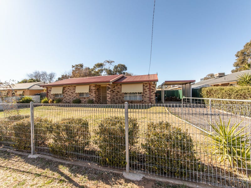 219 Algalah Street, Narromine, NSW 2821