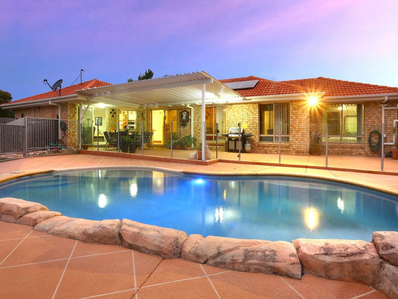 62 Cootharaba Drive, Helensvale, Qld 4212