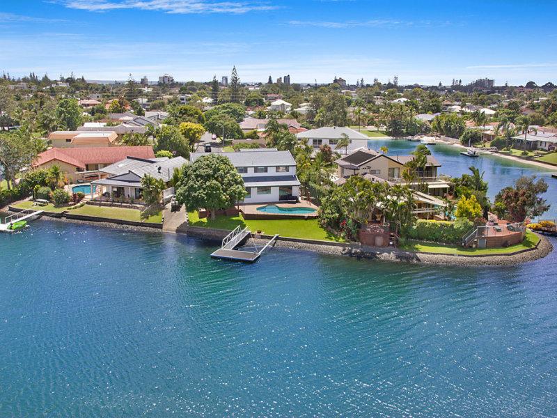 16 Kingfish Court, Palm Beach, Qld 4221