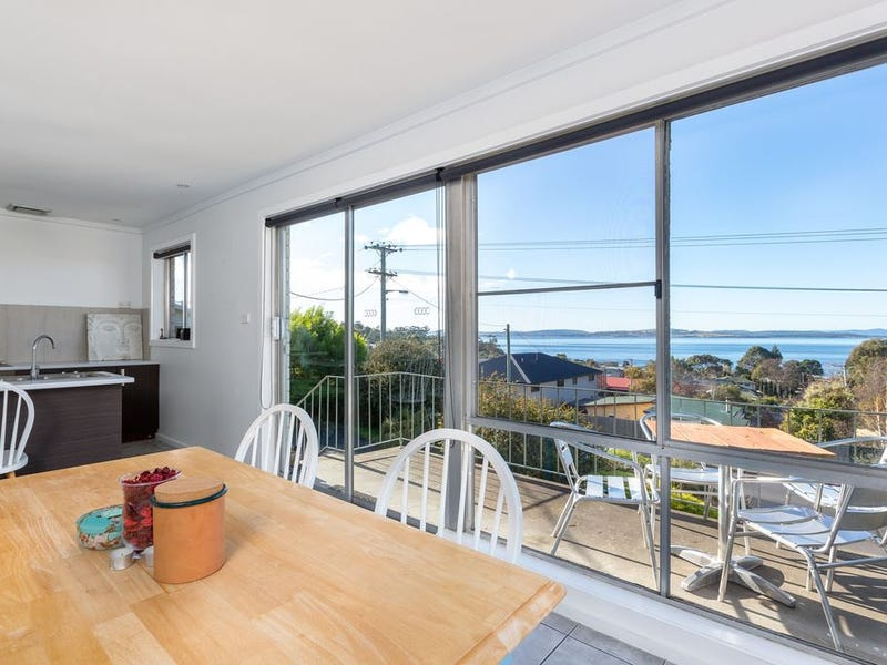 1/241A Roslyn Avenue, Blackmans Bay, Tas 7052