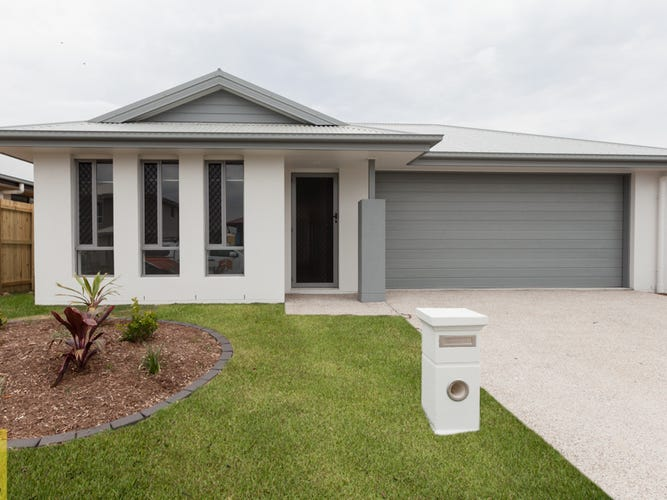 15 Cooper Way, Spring Mountain, Qld 4300