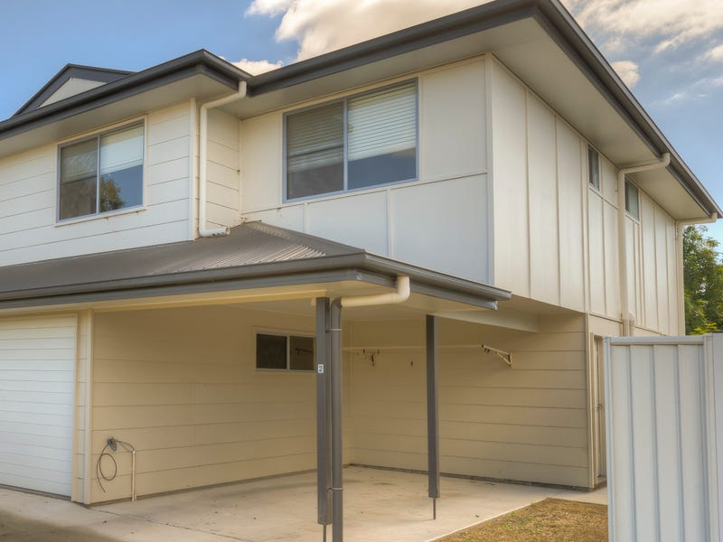 Unit 2/ 37 Condamine Street, Miles, Qld 4415