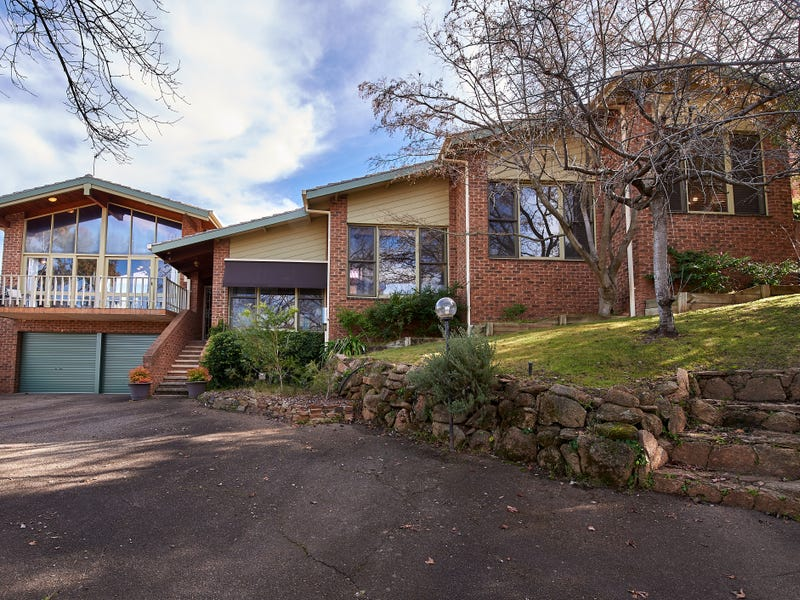 1 Baree Place, Kooringal, NSW 2650