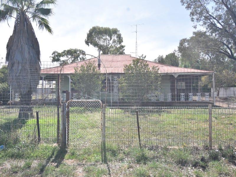23 WILGA STREET, Barellan, NSW 2665
