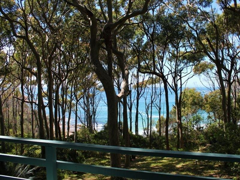 32 Beach Parade, Guerilla Bay, NSW 2536