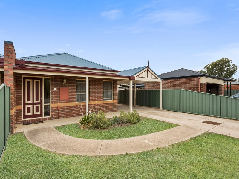 15 Chantelle Court, Kangaroo Flat, Vic 3555