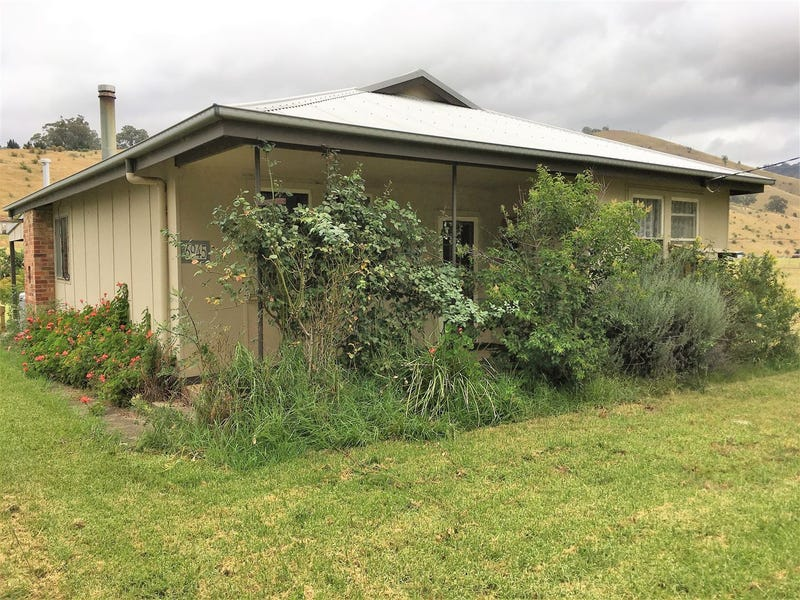 6945 Great Alpine road, Swifts Creek, Vic 3896
