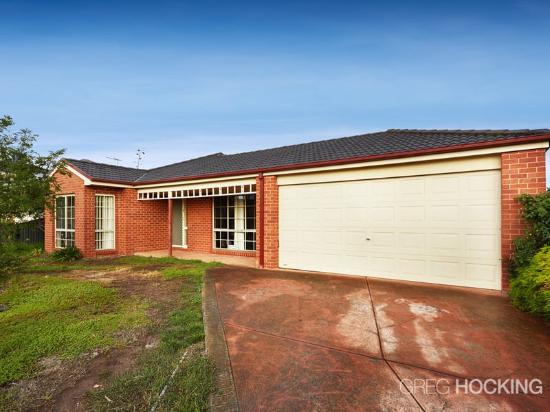 22 Banjo Paterson Circle, Point Cook, Vic 3030