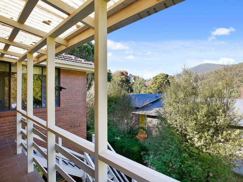 11 Marlino Avenue, Warburton, Vic 3799