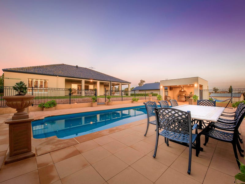 6 Arcadia Close, Bolwarra Heights, NSW 2320