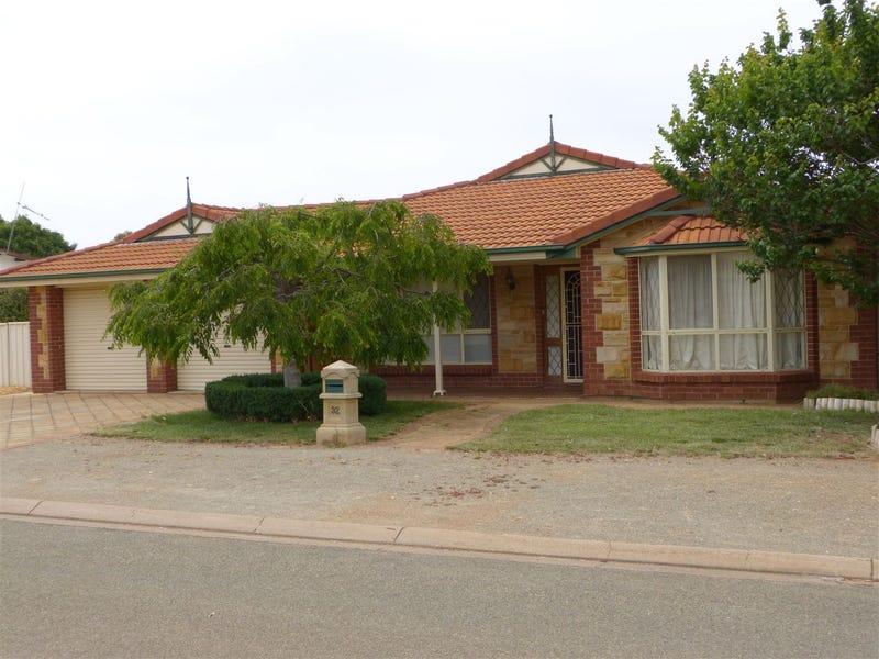 32 Gloucester Road, Jamestown, SA 5491