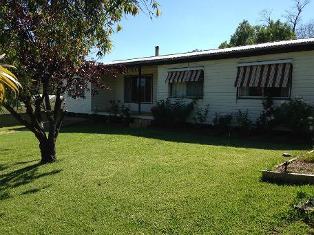 11 Elizabeth Street, Merriwa, NSW 2329