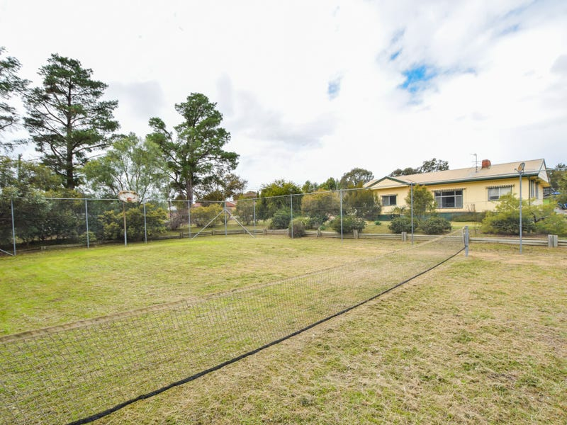 38 Chums Lane, Young, NSW 2594