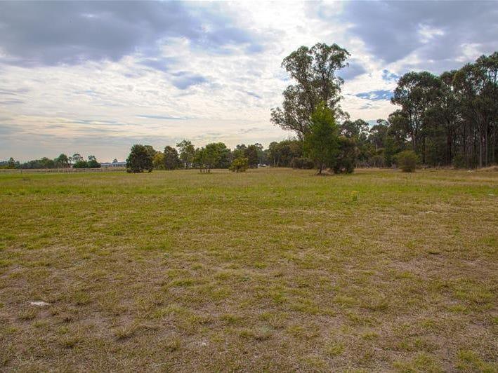55 Twin Creeks Drive, Luddenham, NSW 2745