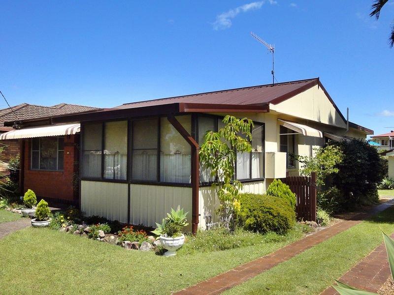 6 Lane Street, Laurieton, NSW 2443