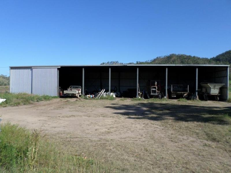 Address available on request, Pinnacle, Qld 4741