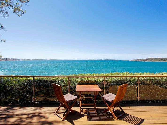 15 Neil Street, Bundeena, NSW 2230