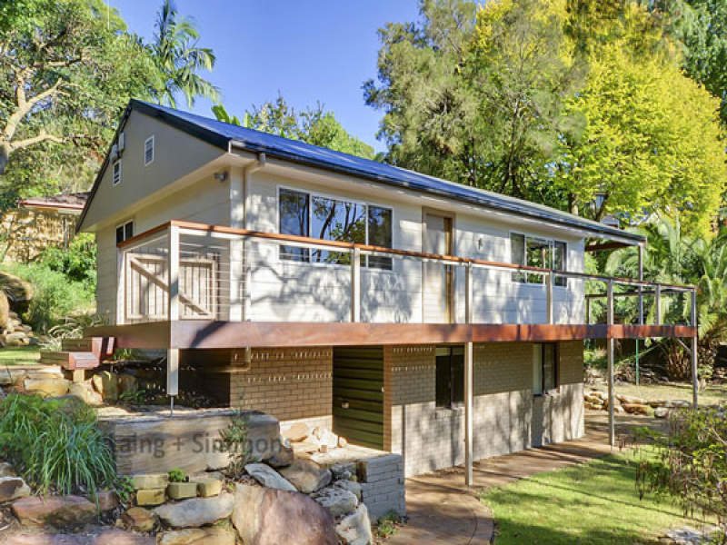 11 Binnari Road, Hornsby Heights, NSW 2077