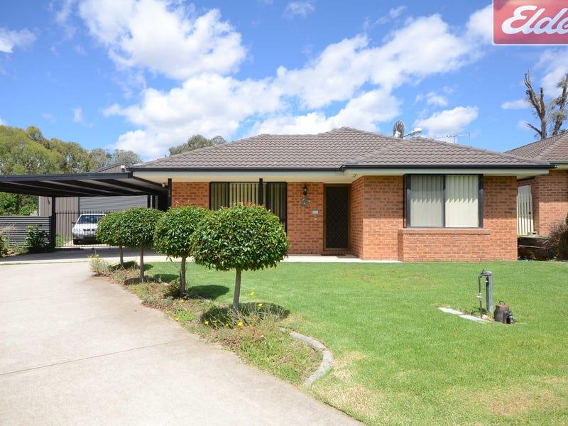 19 Wattle Way, West Albury, NSW 2640