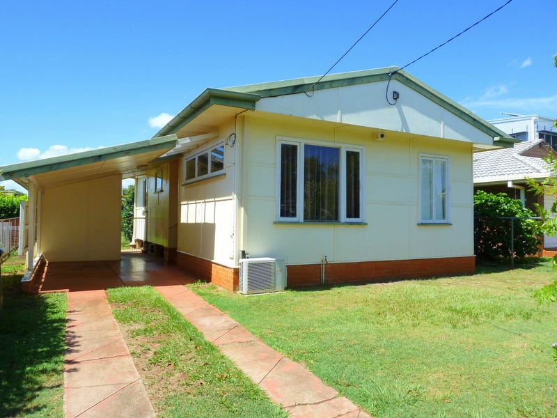3 Pearl Street, Scarborough, Qld 4020