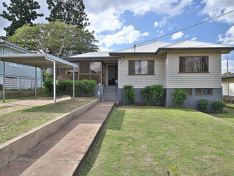 6 MILLER STREET, North Booval, Qld 4304