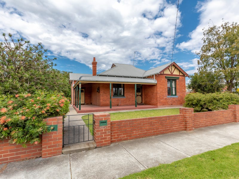 28 Desailly Street, Sale, Vic 3850
