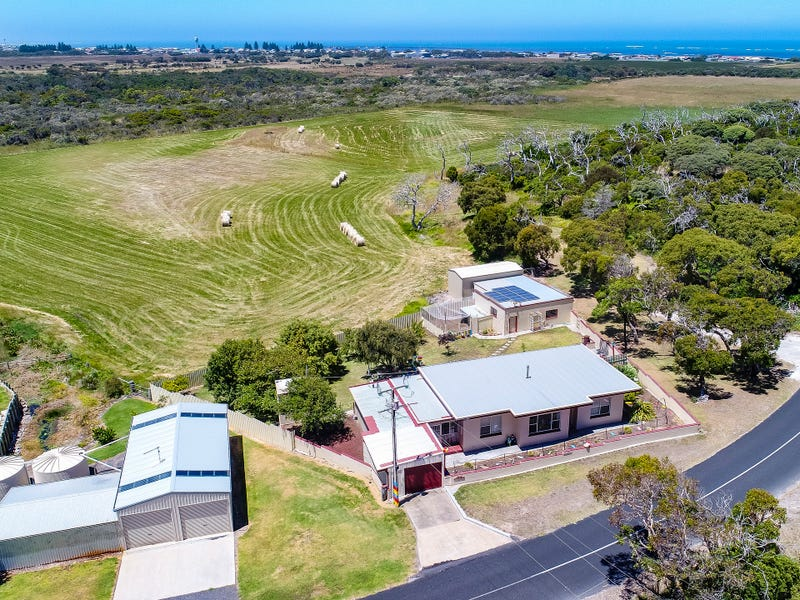 124 Springs Road, Port Macdonnell, SA 5291