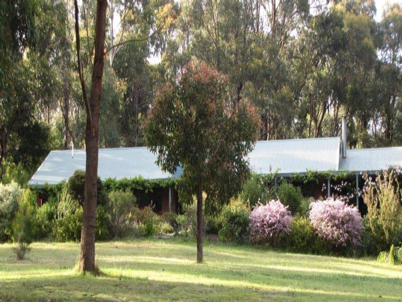 9 Grey Road, Mirboo North, Vic 3871