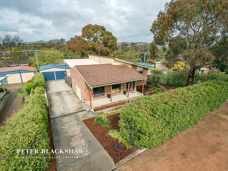 24 Max Henry Crescent, Macarthur, ACT 2904