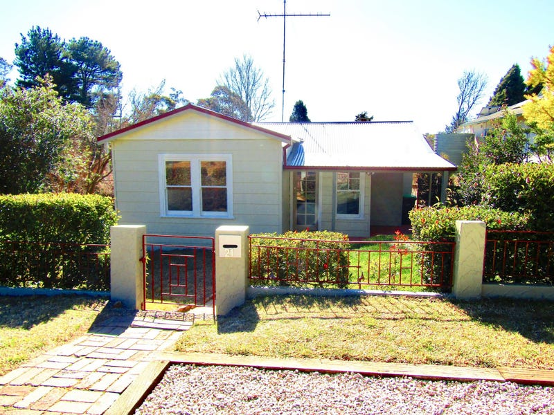 21 Letitia Street, Katoomba