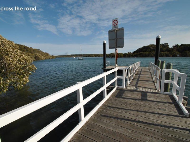 42 Orient Avenue, Orient Point, NSW 2540