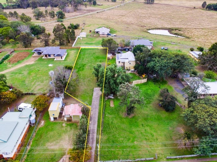 20 Queen Street, Harrisville, Qld 4307