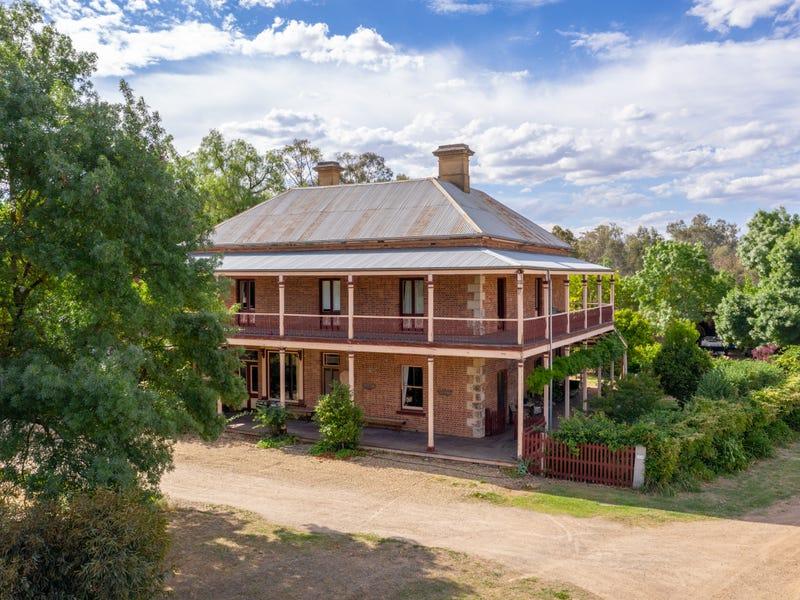 2328 Wangaratta-Beechworth Road, Tarrawingee, Vic 3678