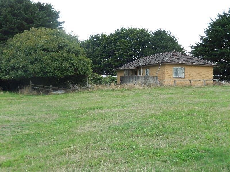 325 Leslie Track, Yallourn North, Vic 3825