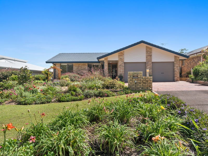 17 Lake View Ave, Safety Beach, NSW 2456