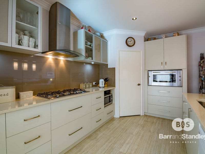 4 Slee Place, Withers