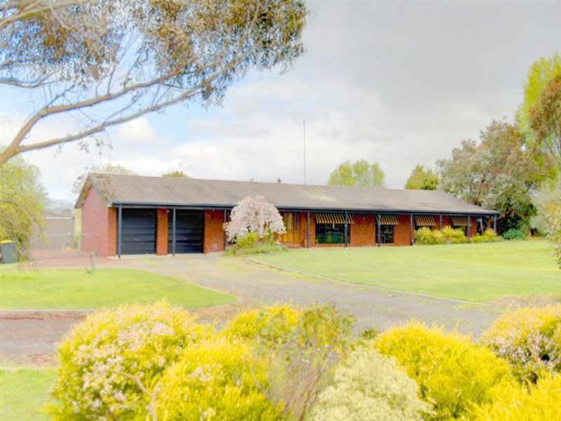 5226 Colac - Ballarat Road, Cambrian Hill, Vic 3352