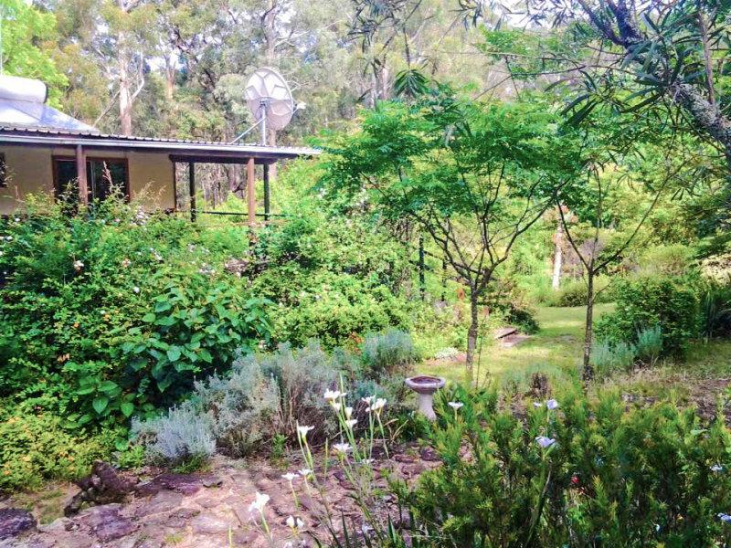 522 Wheelbarrow Road, Colo Heights, NSW 2756