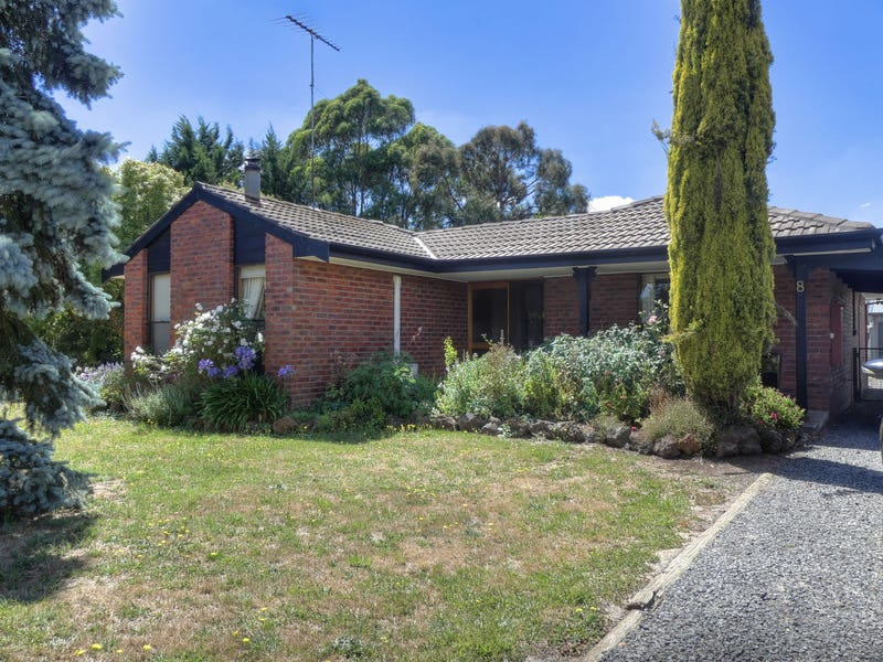 8 Palmerston st, Gordon, Vic 3345