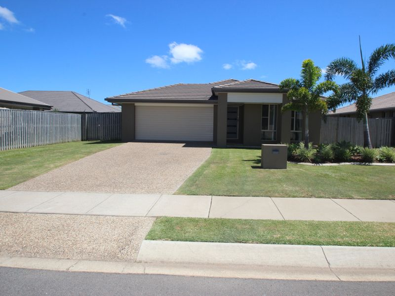 4 Parklink East Ave, Wondunna, Qld 4655