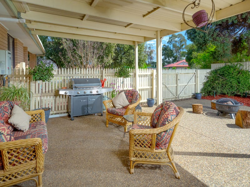 24 Daysdale Way, Thurgoona, NSW 2640