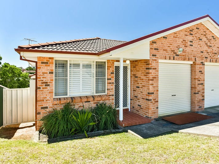 1/37 Frontignan Street, Eschol Park, NSW 2558